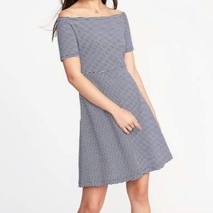 New Old navy stripped off shoulder dress